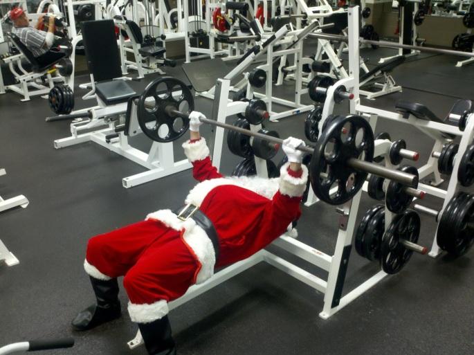 stockvault-santa-lifting201868